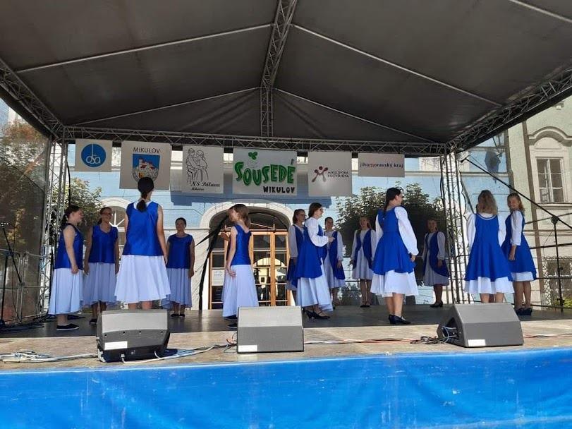 Folklorní festival Sousedé