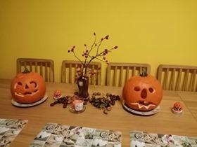 fotka dýně na stole