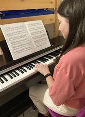 Lilian Dobešová klavír (2)