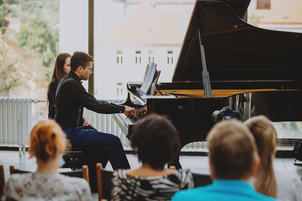 Koncert k nedožitým 90. narozeninám Louisy Cahové