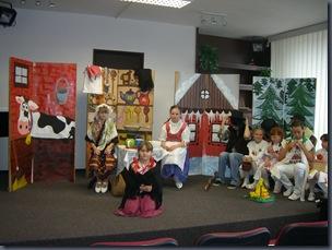 O dvanácti měsíčkách - výchovné koncerty 2011